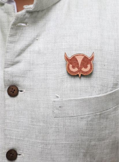 MM1133  Owl Face Wood Brooch