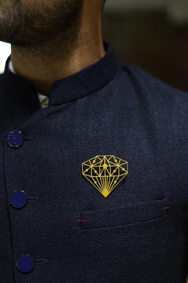 MM1207 Big Diamond Metal Brooch